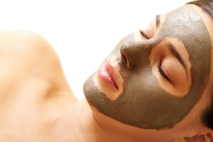 green mud mask